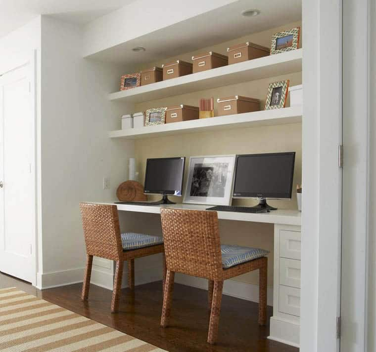 Home office niche with built in desk and shelving