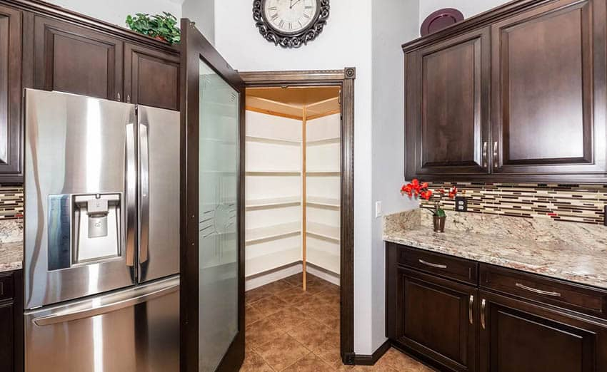 Kitchen with corner pantry and frosted glass door