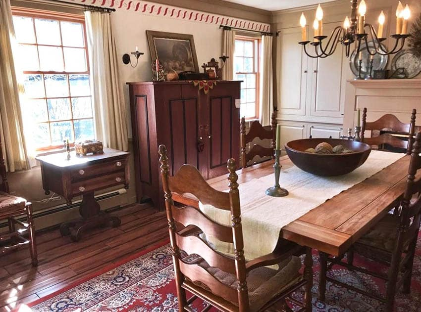 American colonial furniture dining room