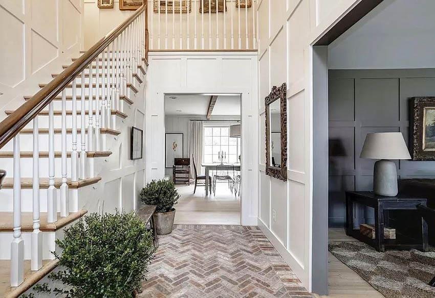 House entryway with brick veneer flooring