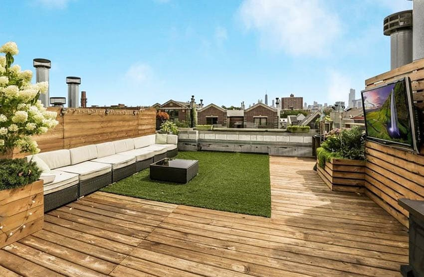 Rooftop deck with artificial grass and outdoor tv