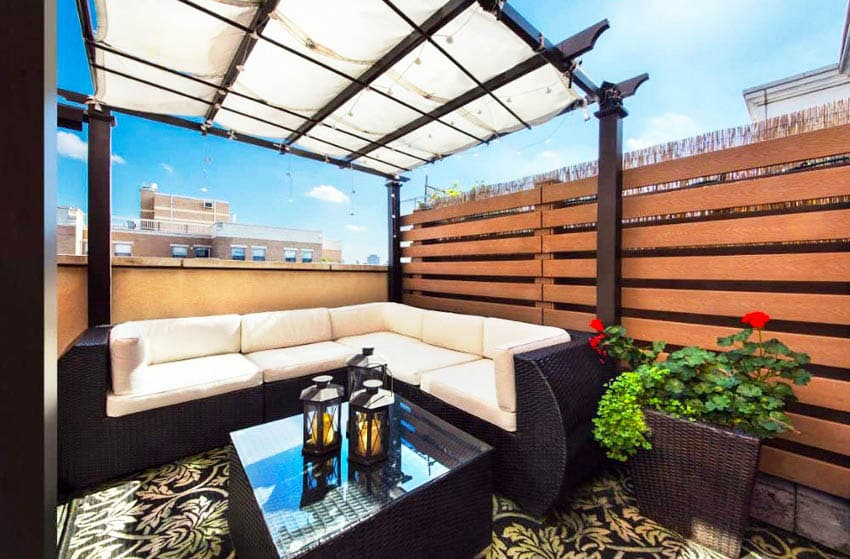 Rooftop deck with pergola horizontal privacy fence