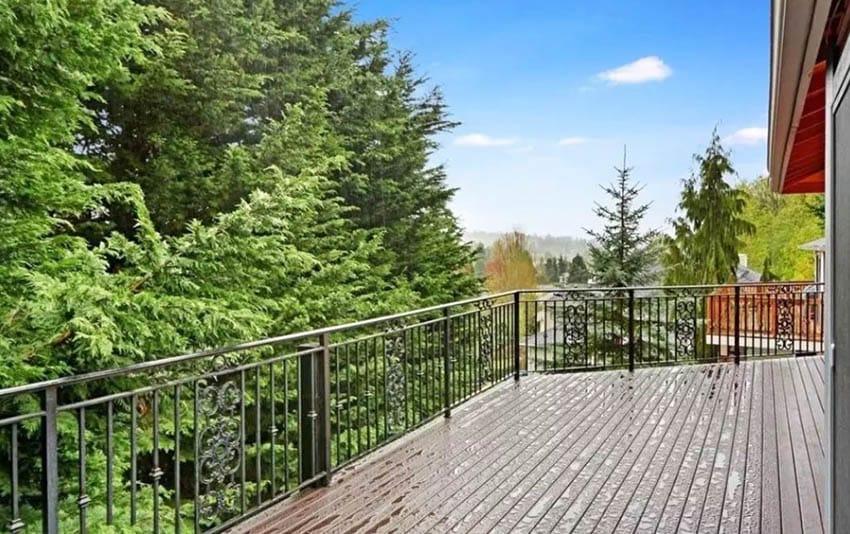 Decorative metal deck railing