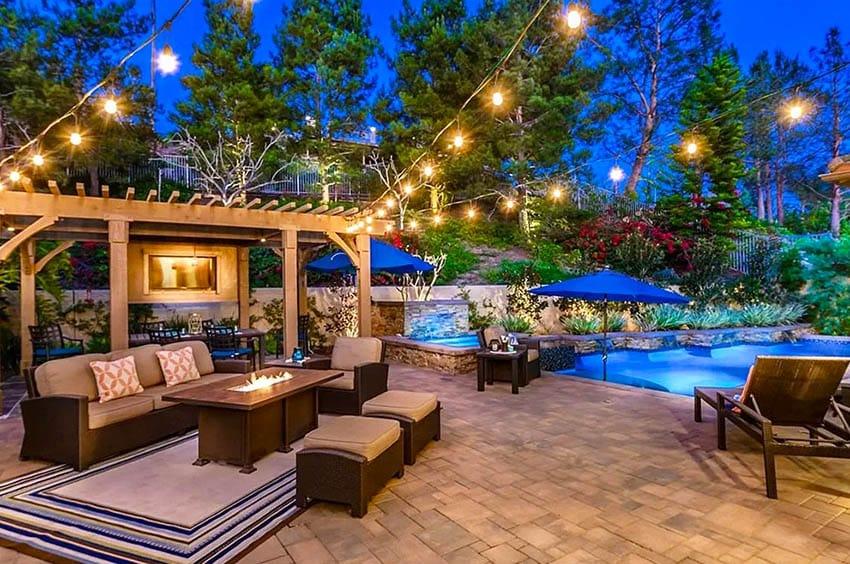 Modern patio with tv in pergola