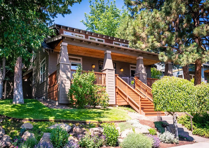 Craftsman style bungalow house