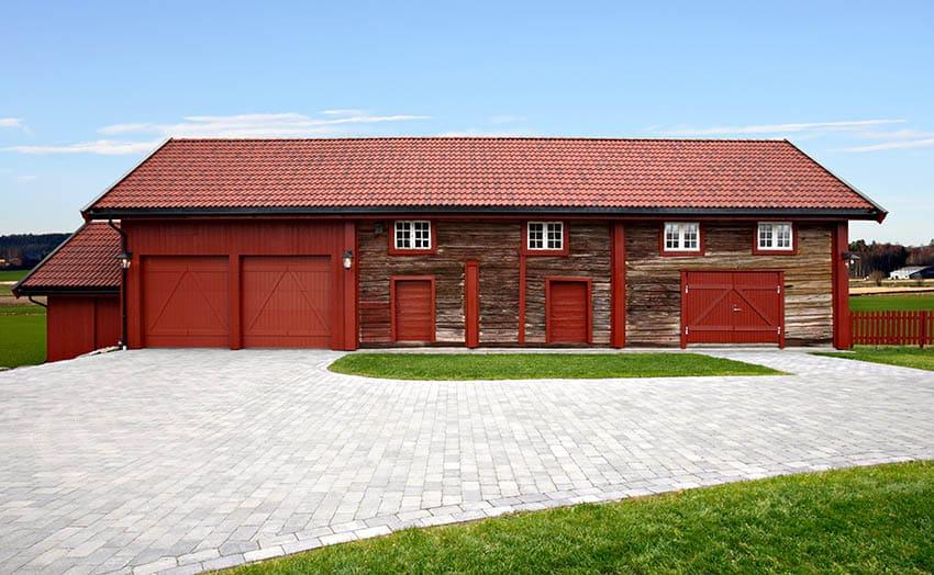 Pre fab pole barn house design