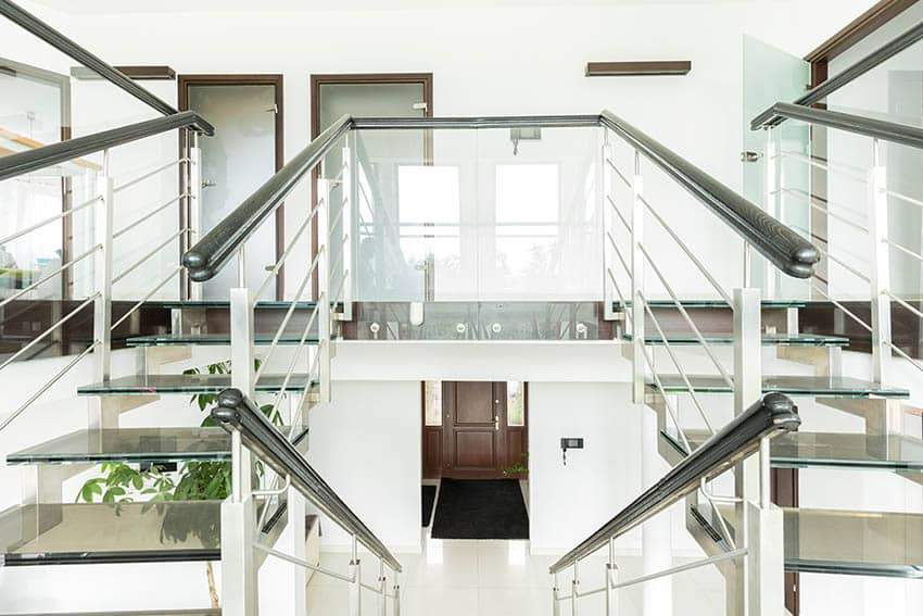 Double floating glass staircase