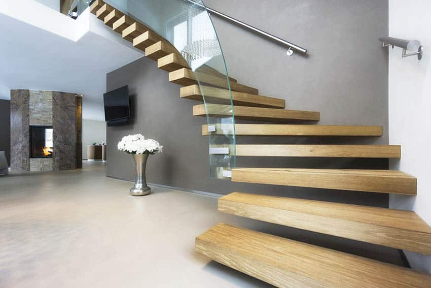 Free floating stairs with glass railing