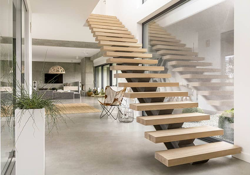 Minimalist floating stairs with no hand rails
