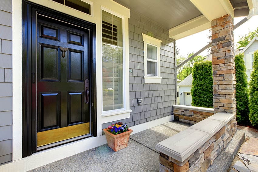 Using soundproofing on a front door
