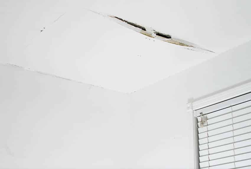 Crack in ceiling from water leak