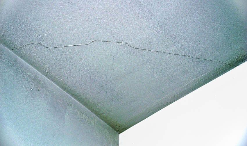 Cracks in ceiling plaster