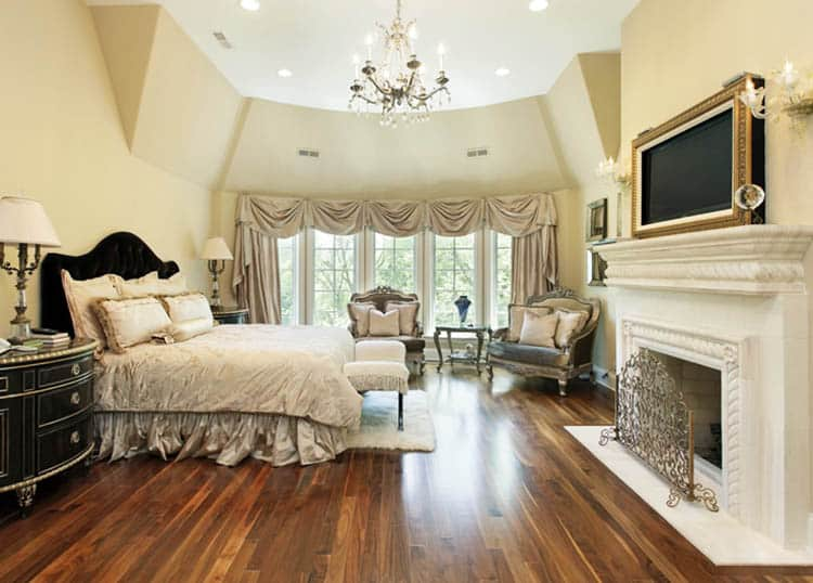 Master bedroom with traditional style curtains with valance