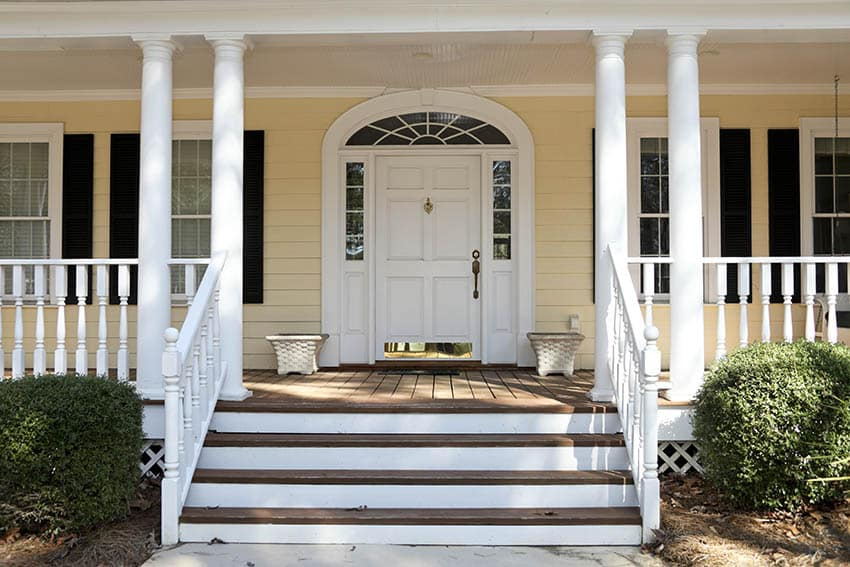 Transom window above door with sidelights
