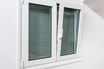 Casement window with double tilt and turn