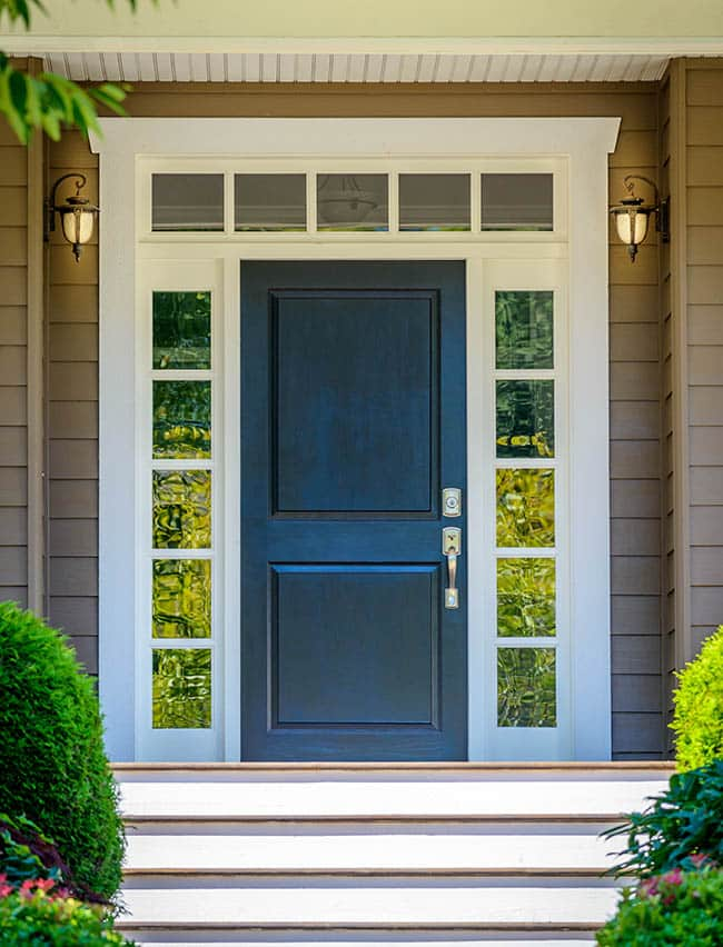 Square top door with sidelights