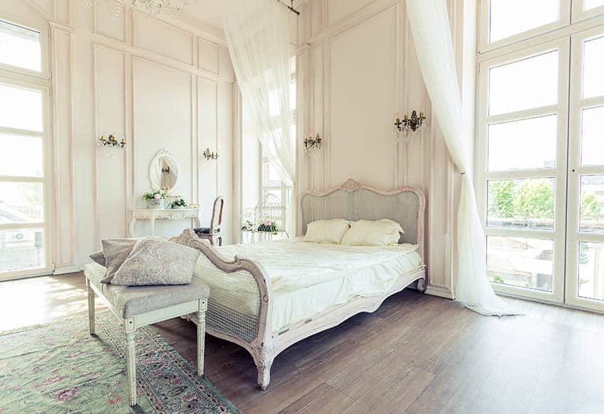 Traditional bed with headboard