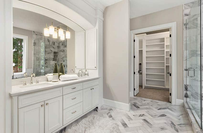 Bathroom double vanity with nickle finish faucets