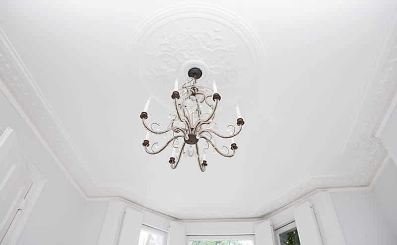 Hanging chandelier ceiling light fixture