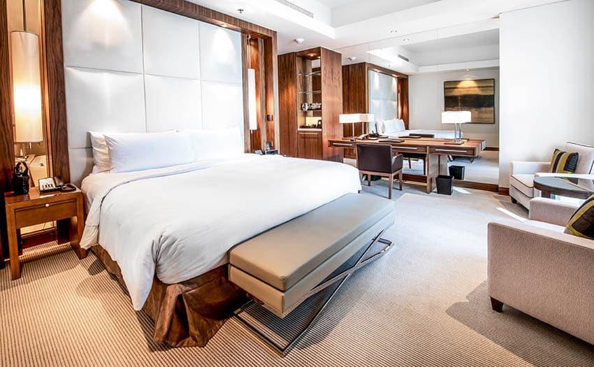 Master bedroom with wool pattern loop carpet