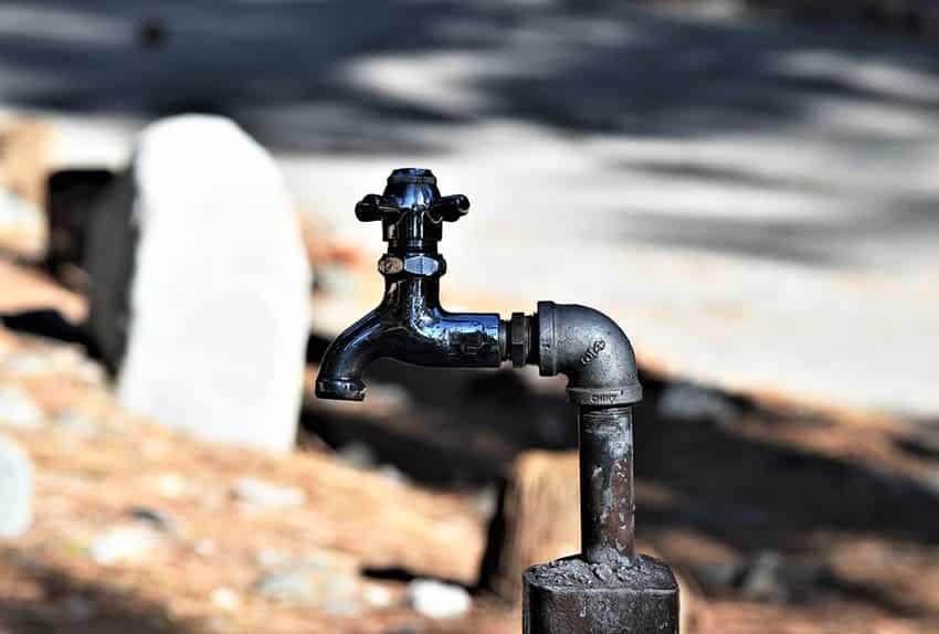 Outdoor spigot faucet