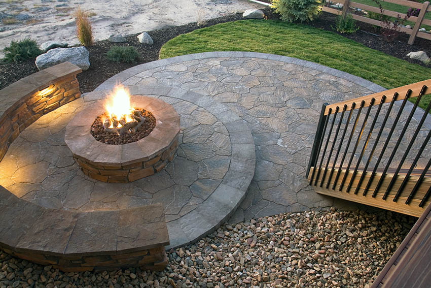 raised-stamped-concrete-fire-pit-with-bench