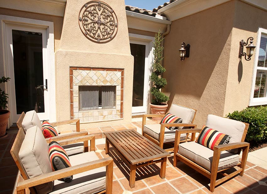 Spanish style patio with saltillo tile