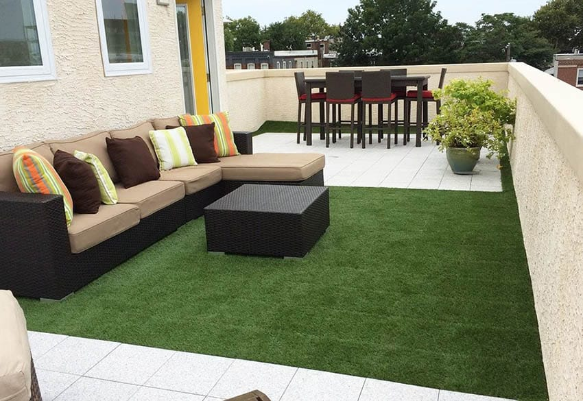 Artificial grass roll for patio