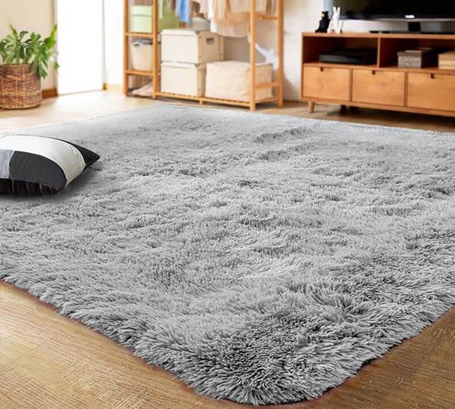 Gray shag polyester rug