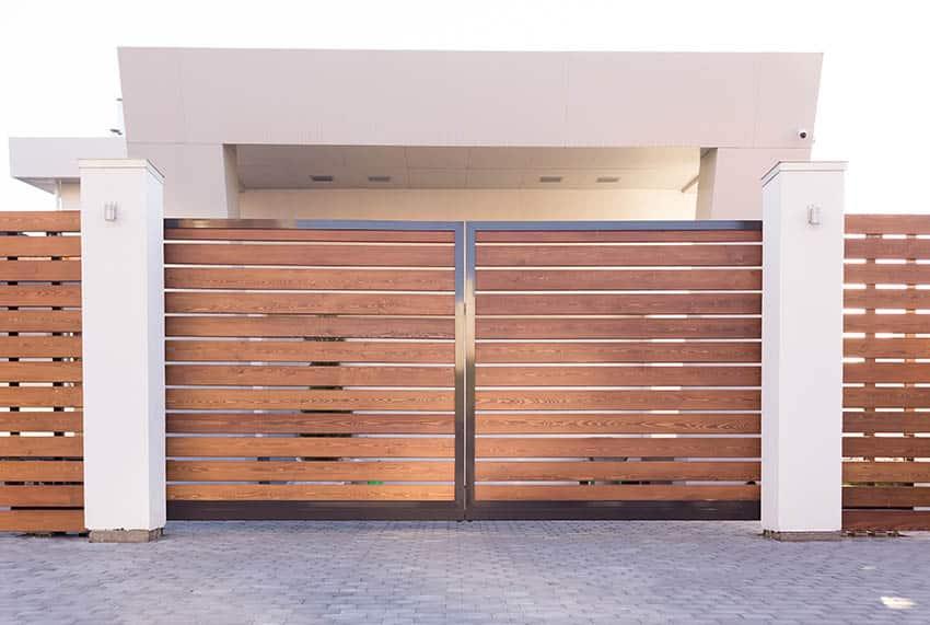 modern-wooden-sliding-gate