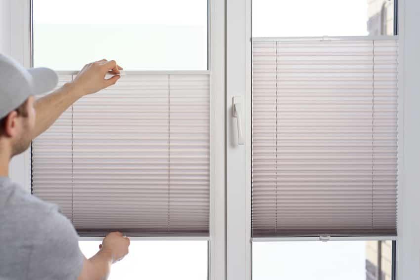 Installing-cordless-cellular-window-shade