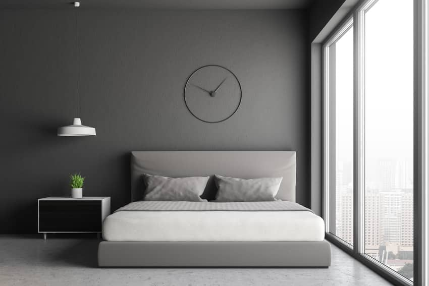 Gloss paint finish bedroom
