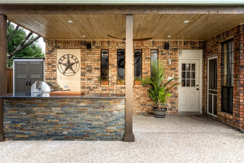 Freshly built modern outdoor kitchen in Texas
