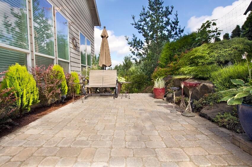 Garden patio stone paver