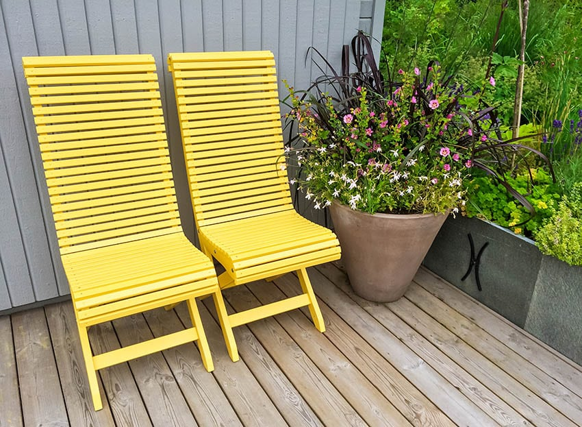 Hdpe outdoor furniture yellow chairs