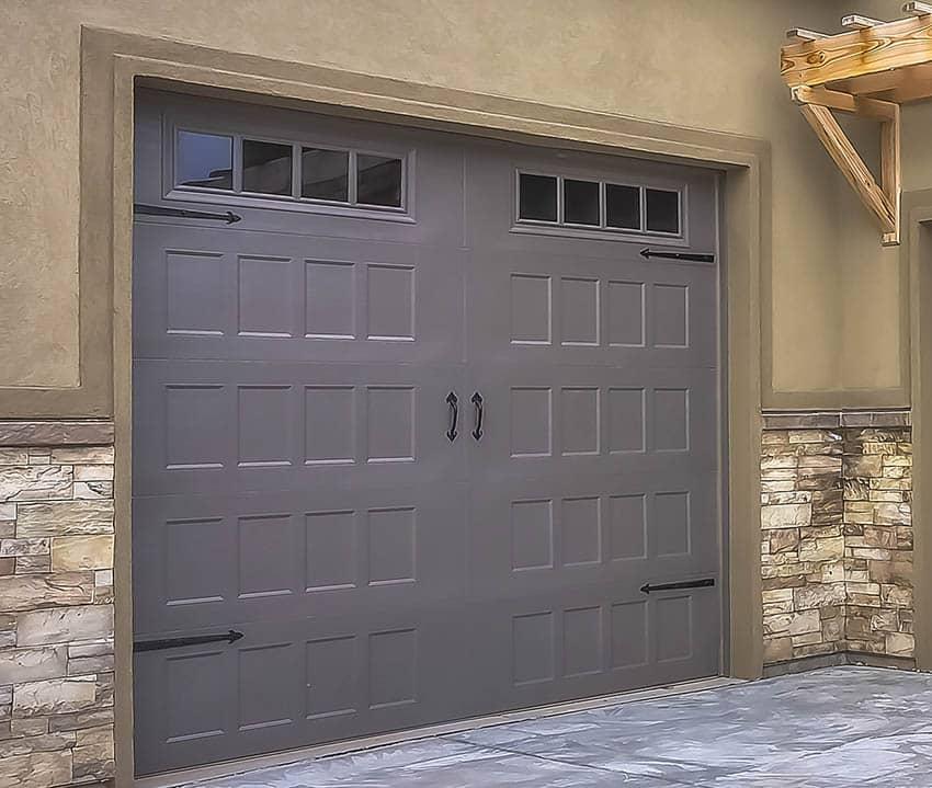 Recessed panel garage door