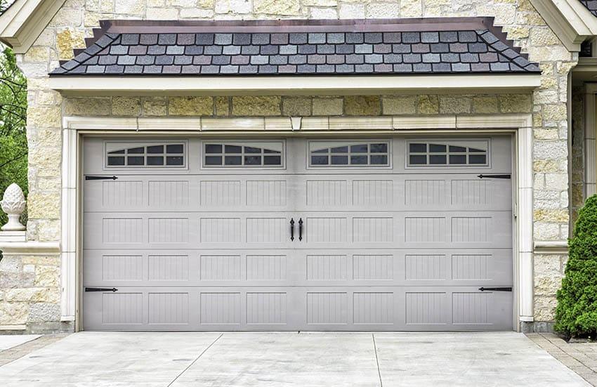 Short panel beadboard style garage door