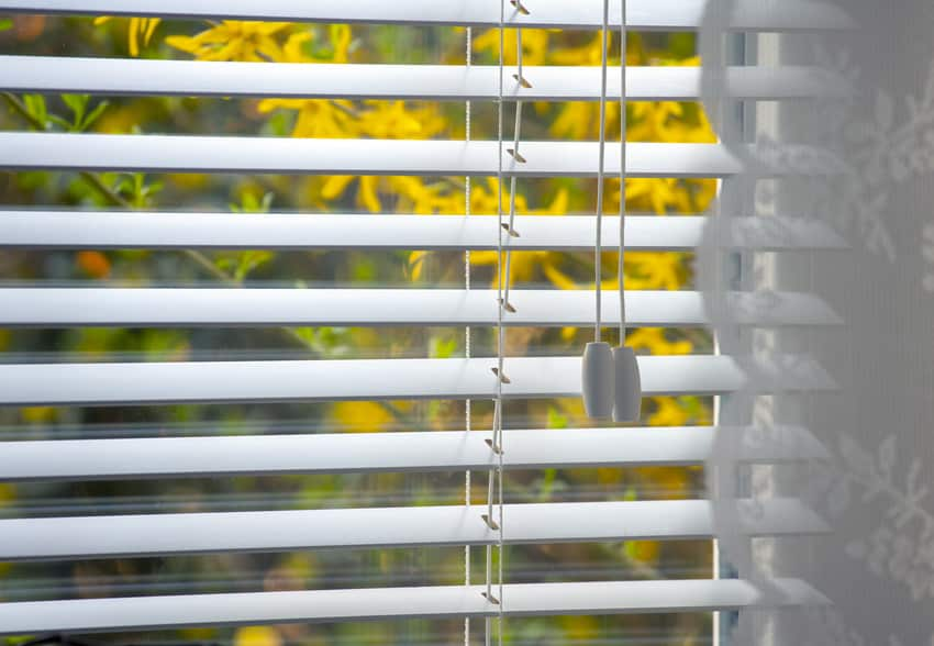 Drawn up traditional blinds