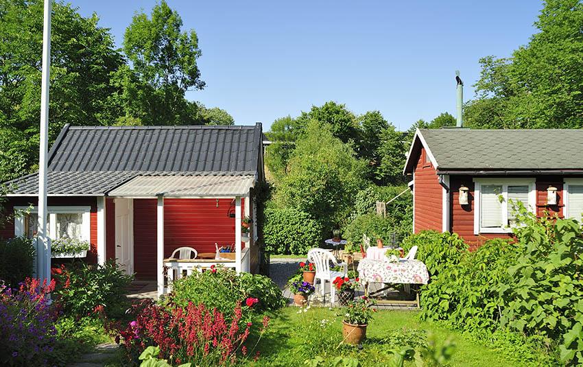 2 small backyard adu rentals