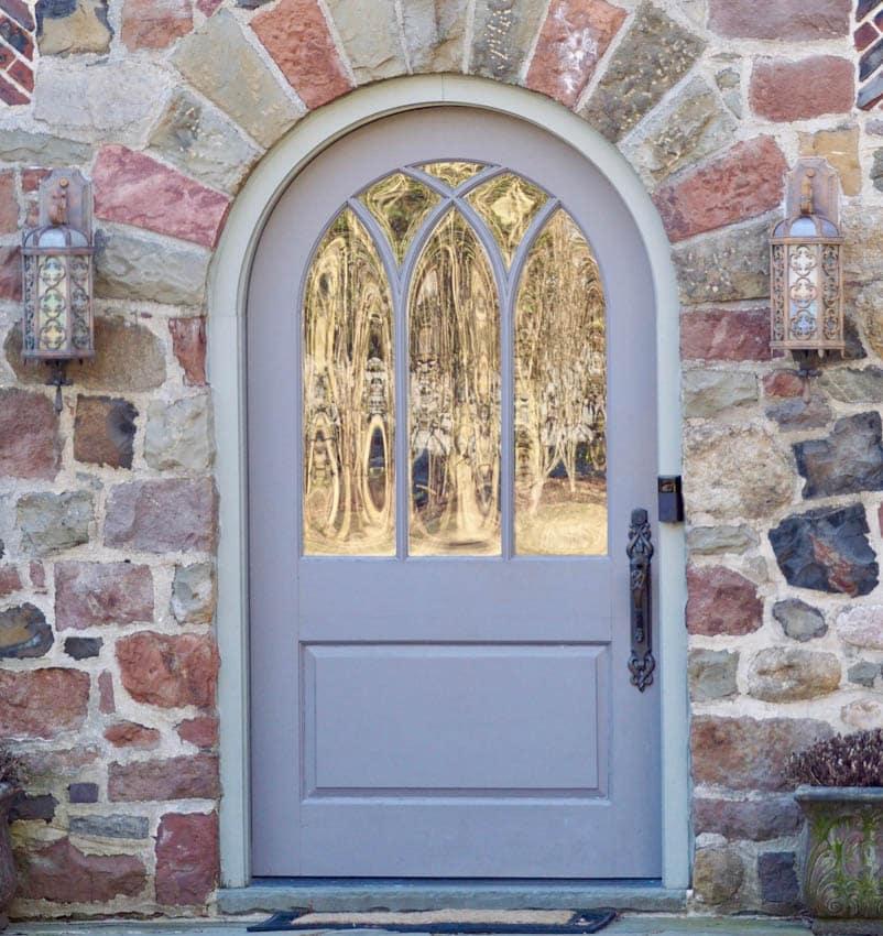 Arched door masonry wall