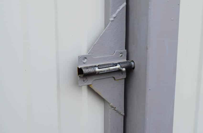 Barrel bolt lock door