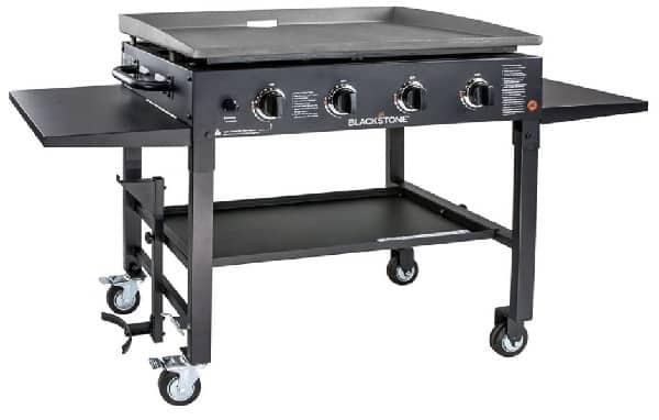Blackstone 1554 cooking 4 burner flat top gas grill