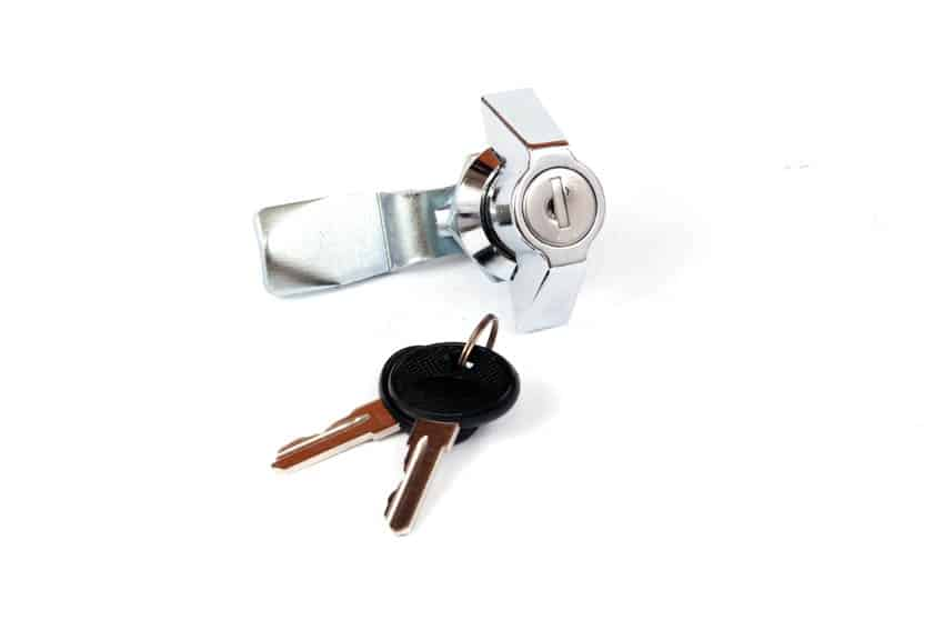 Cam lock with key