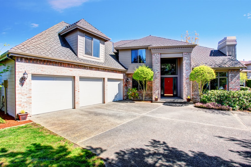 House with salt concrete finish driveway
