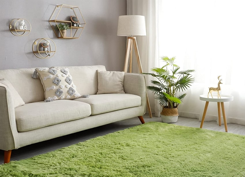 Non skid polyester green accent rug