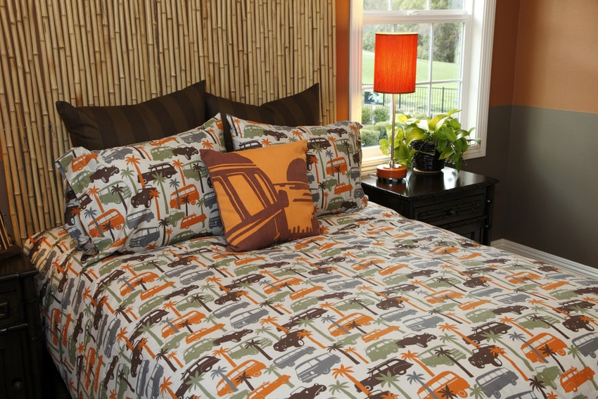 Patterned upland bed sheet