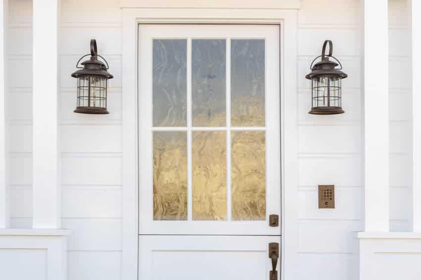 Taffeta glass door with lights mounted