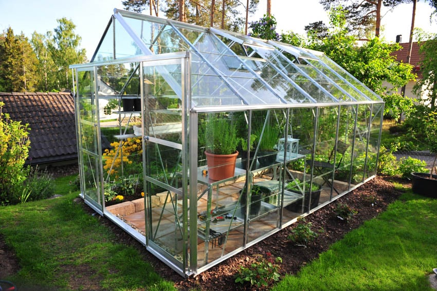 Transparent greenhouse garden