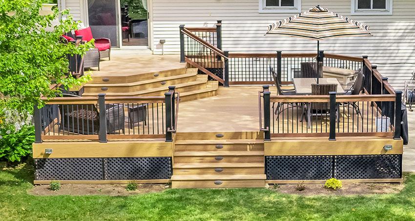 Backyard deck with picnic table set