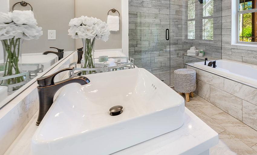 Drop in bathroom sink with single handle faucet frameless show door ss